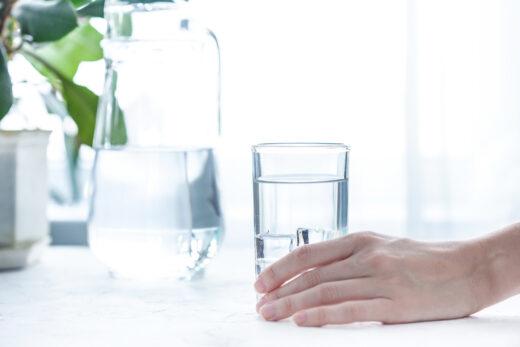 Água gelada ou natural: qual mata mais a sede?